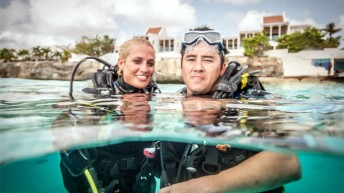 """A Decade of """"Giving Back"""" Continues as Wounded Warriors Return to Bonaire"""