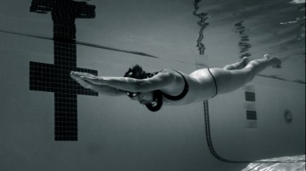 Claire Paris Breaks USA Women's Freediving National Record