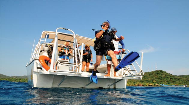 Anthony's Key Roatan is THE place for travel this Fall